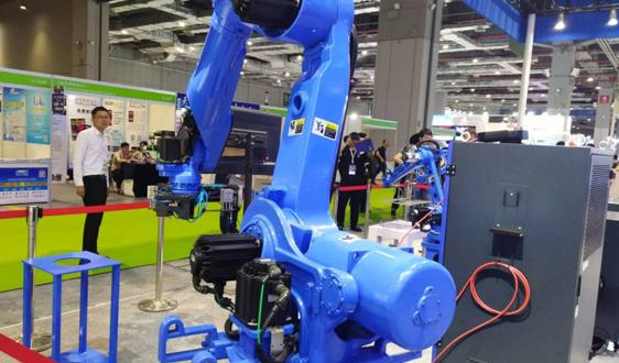 热点快评:从全国工业机器人产量持续增长看未来市场趋势