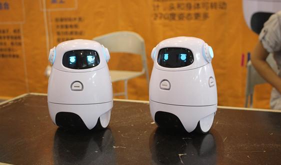 服务机器人龙头科沃斯:调整业务格局加强自有品牌竞争力